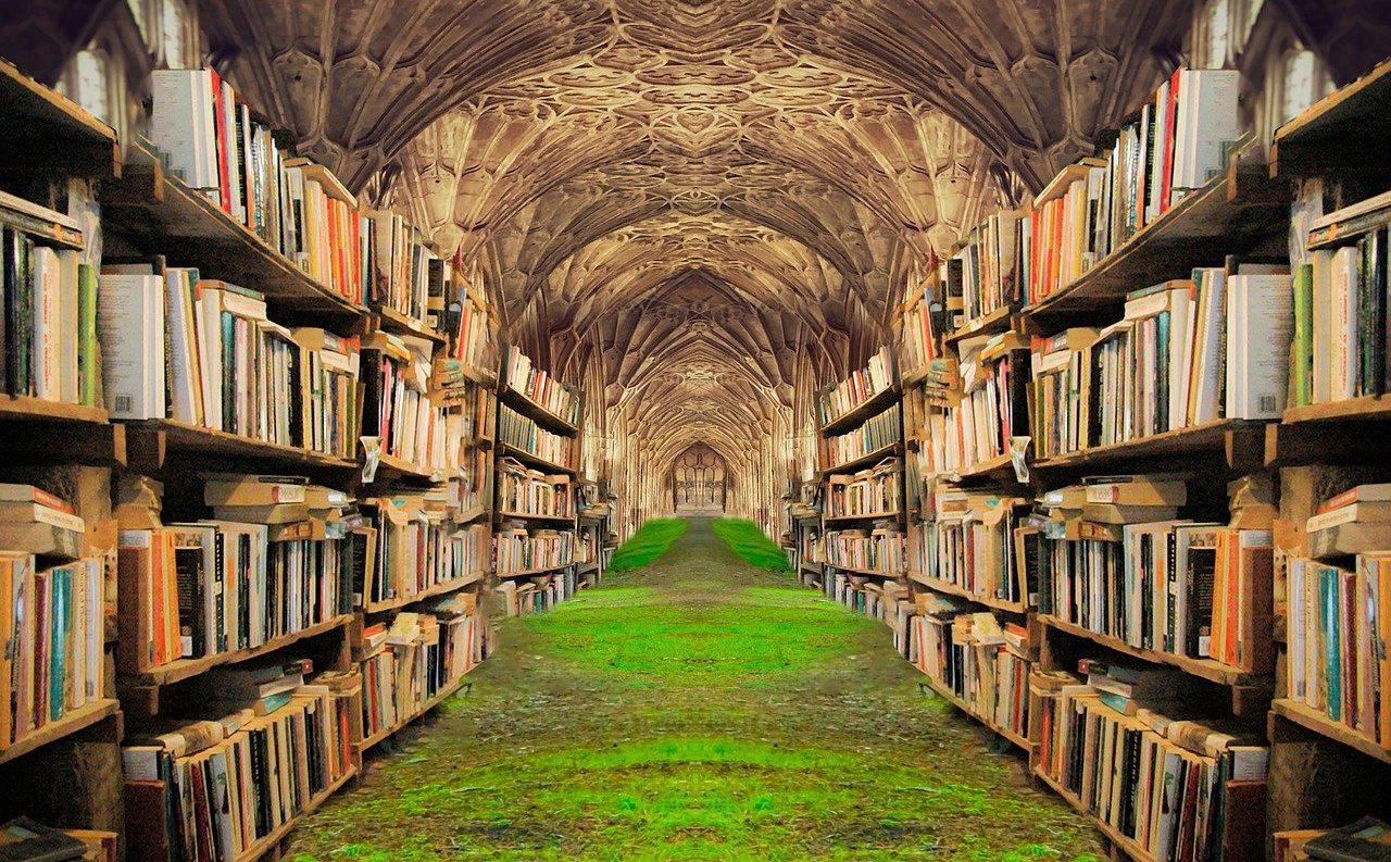 books-5430309_1280